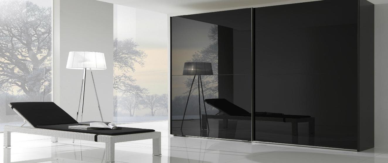 ארון הזזה דגם פירנצה עם דלתות שחורות מזכוכית