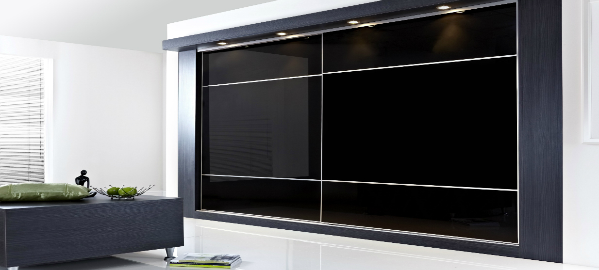 דגם רומא מזכוכית בצבע שחור