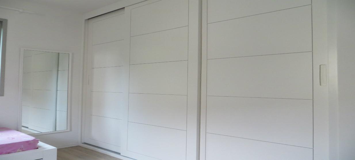 ארון הזזה דגם מונקו צבע אפוקסי לבן