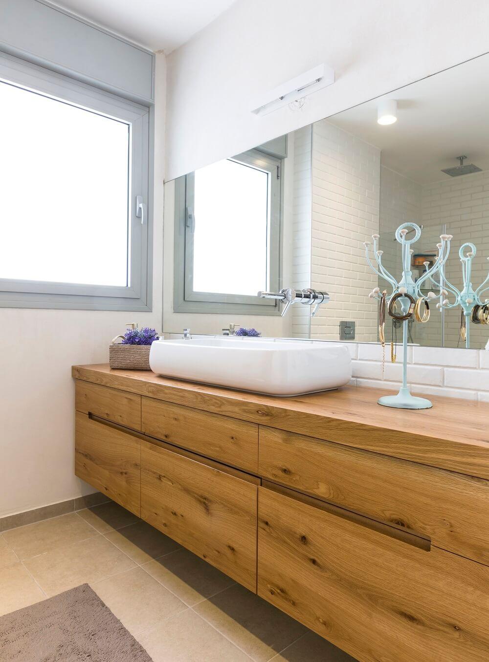 ארון אמבטיה כפרי מעוצב