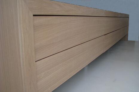 שידה לסלון מעץ